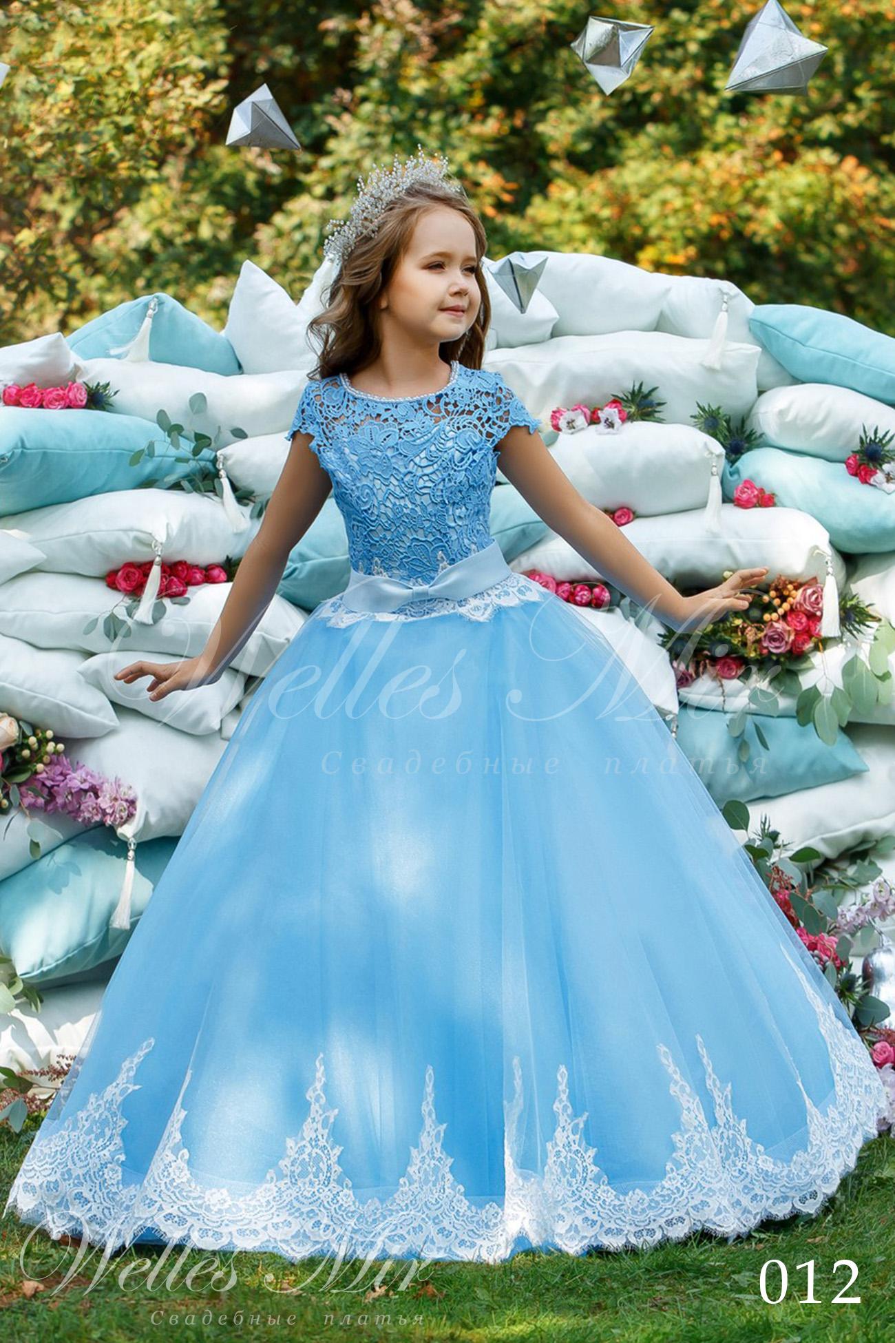 Детское платье с кружевом Wellesmir