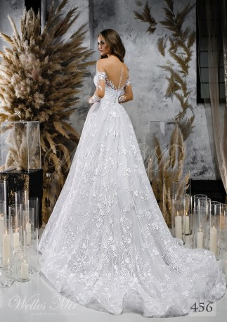 Класична мереживна весільна сукня від WellesMir-2